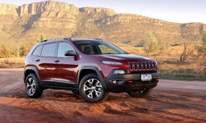 Jeep Cherokee Trailhawk Named Four Wheeler of the Year
