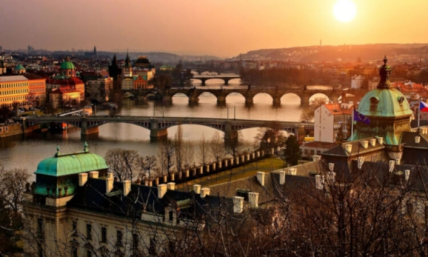 5 reasons why you must visit Prague