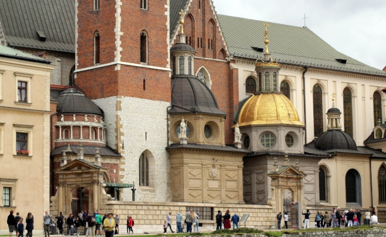 Why is it worth visiting Krakow?